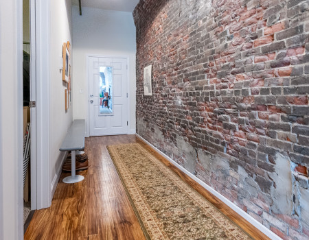 1 Bedroom Entry Hall