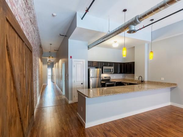 Ground Floor Kitchen in 2/2 + Study