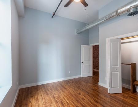 Ground Floor Bedroom in 2/2 + Study