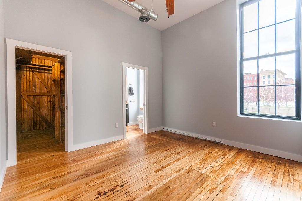 Ground Floor Bedroom in 3/3