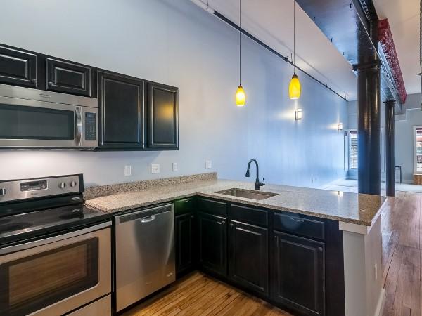 Ground Floor Kitchen in 2/2
