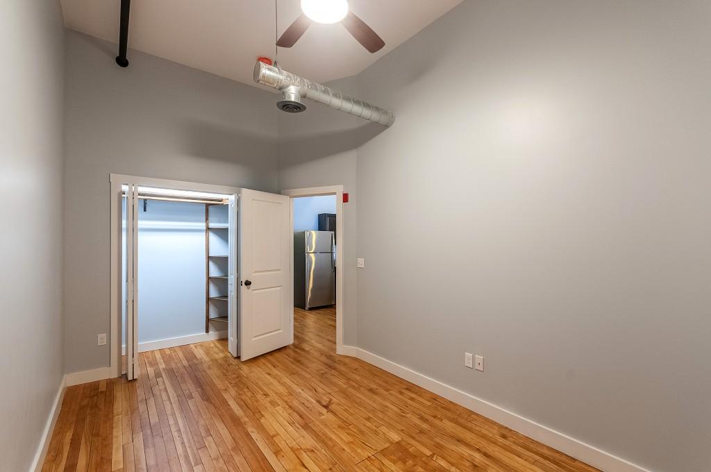 Ground Floor Bedroom in 2/2